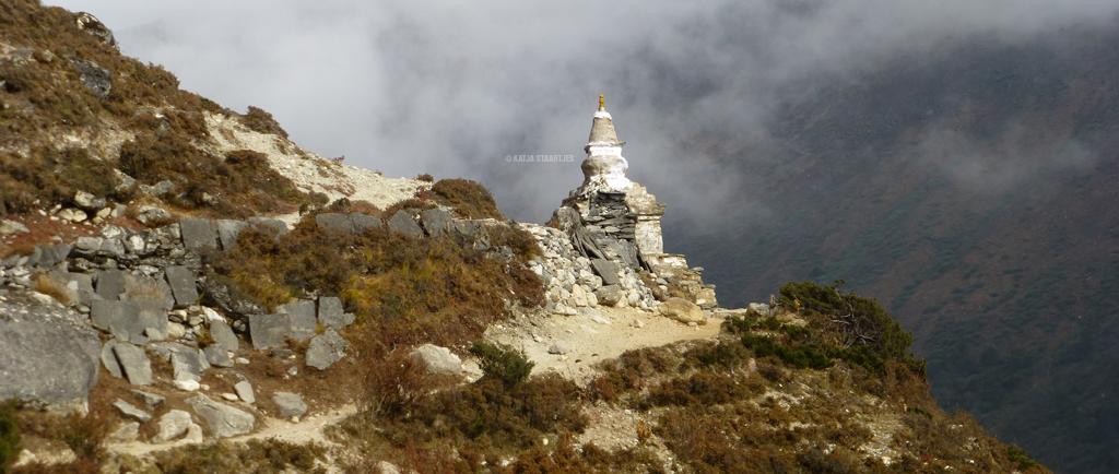 Everestslider9_20okt_stupa_L1020403